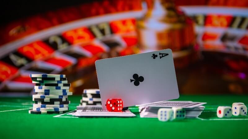 """Game xì tố - """"Vua bài"""" cùng lối chơi đơn giản hấp dẫn hiện nay"""